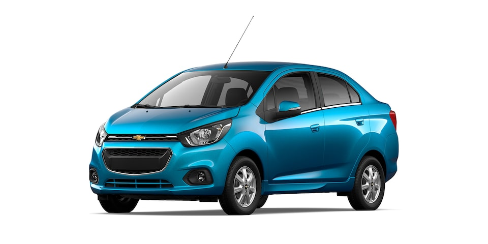 Chevrolet Beat Notchback 2021 color azul caribe